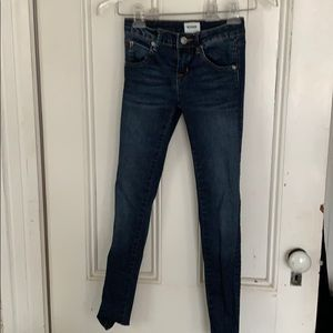 Girls Hudson jeans size 10 in great condition.